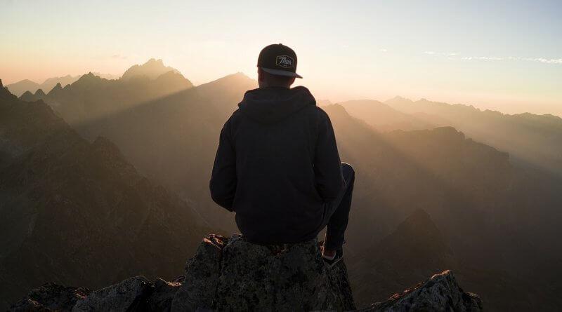 Mutsuzluk Riskini Bölmek